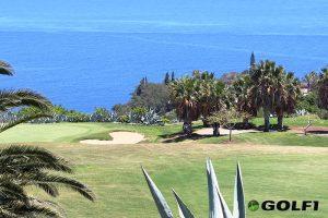 Blauer Himmel und Blick auf den Atlantik © tecina golf