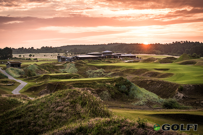 Golf bis die Sonne untergeht, auf dem mehrfach prämierten WINSTONlinks © stefan von stengel / winstongolf