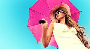Sonnenschirm und Hut