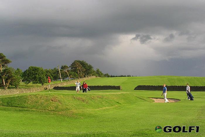 Schlechtes Wetter auf dem Golfplatz