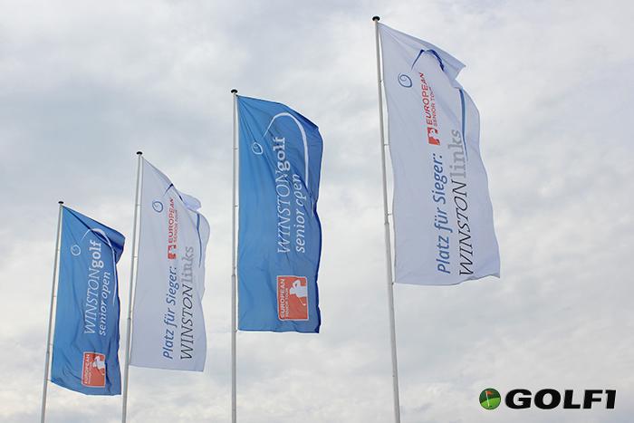 Flagge zeigen für die WINSTONgolf Senior Open © jfx / golf1