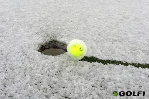 VISION Golfball im Schnee