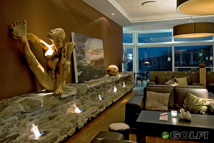 Kamin-Lounge im Hotel Hofgut Georgenthal