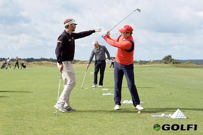 Schwungtipps vom Golfstar